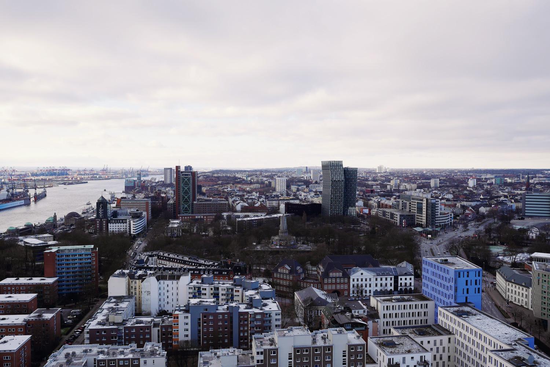 elbe_hamburg_skyline