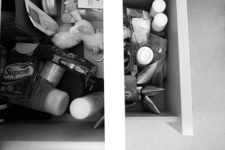 krempel der vergangenheit als ich auszog mein kinderzimmer zu r umen a hungry mind. Black Bedroom Furniture Sets. Home Design Ideas